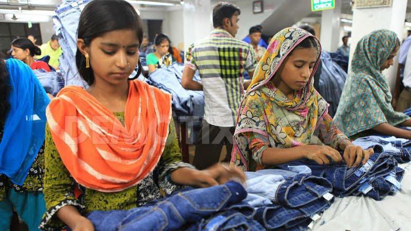 1370089633-bangladesh-rmg-sector_2105686_0.jpg